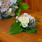 Pasztell rózsás vőlegény kitűző