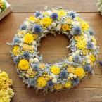 Kék-sárga sóvirág koszorú