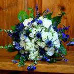 Kék-fehér menyasszonyi csokor
