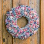 Kék-rózsaszín sóvirág koszorú